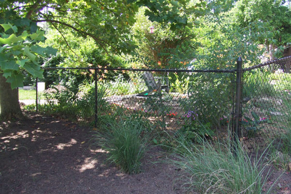 chain link fence coated