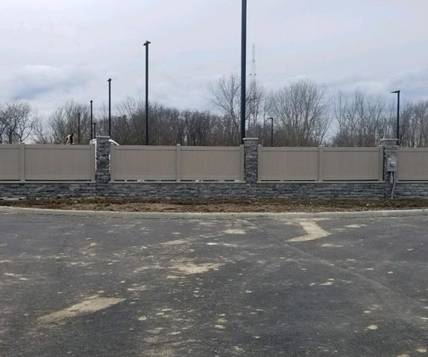 commercial vinyl privacy fence