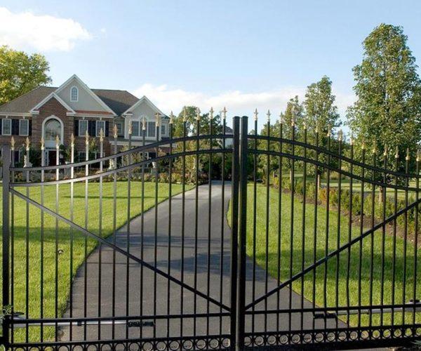 Residential-Aluminum-Swing-Gate