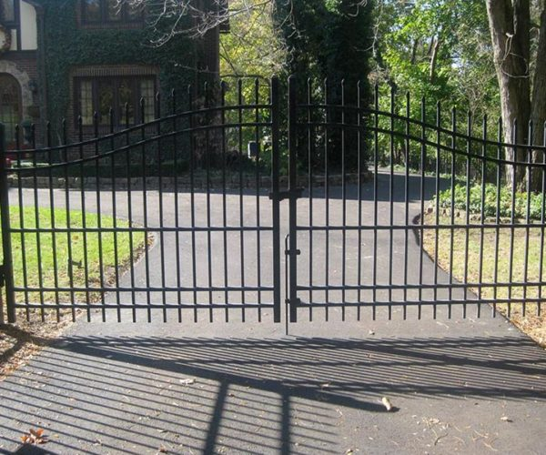 Residential-steel-estate-swing-gate-5