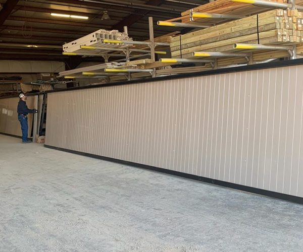 Commercial Vinyl Privacy Fence with Aluminum Frame