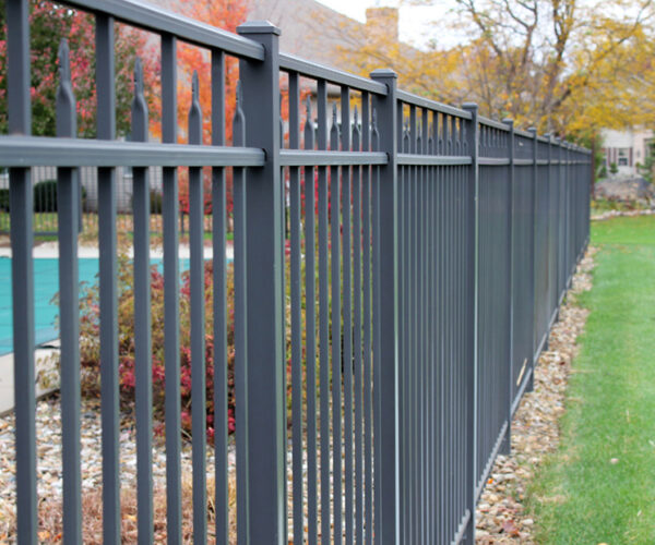 Flat Top Canterbury 3 Rail Aluminum Fence