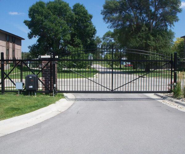 Commercial Aluminum Cantilever EstateGate