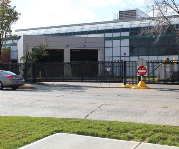 Commercial Aluminum Cantilever Gate