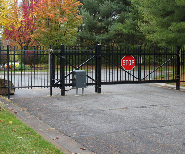 Commercial Aluminum Estate Cantilever Gate