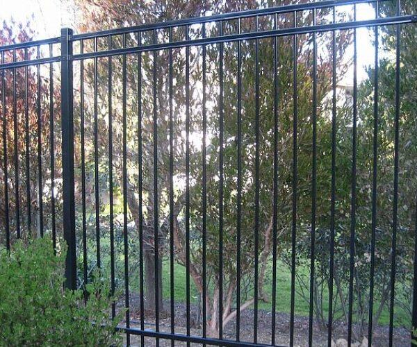 Rackable Steel Residential Fence